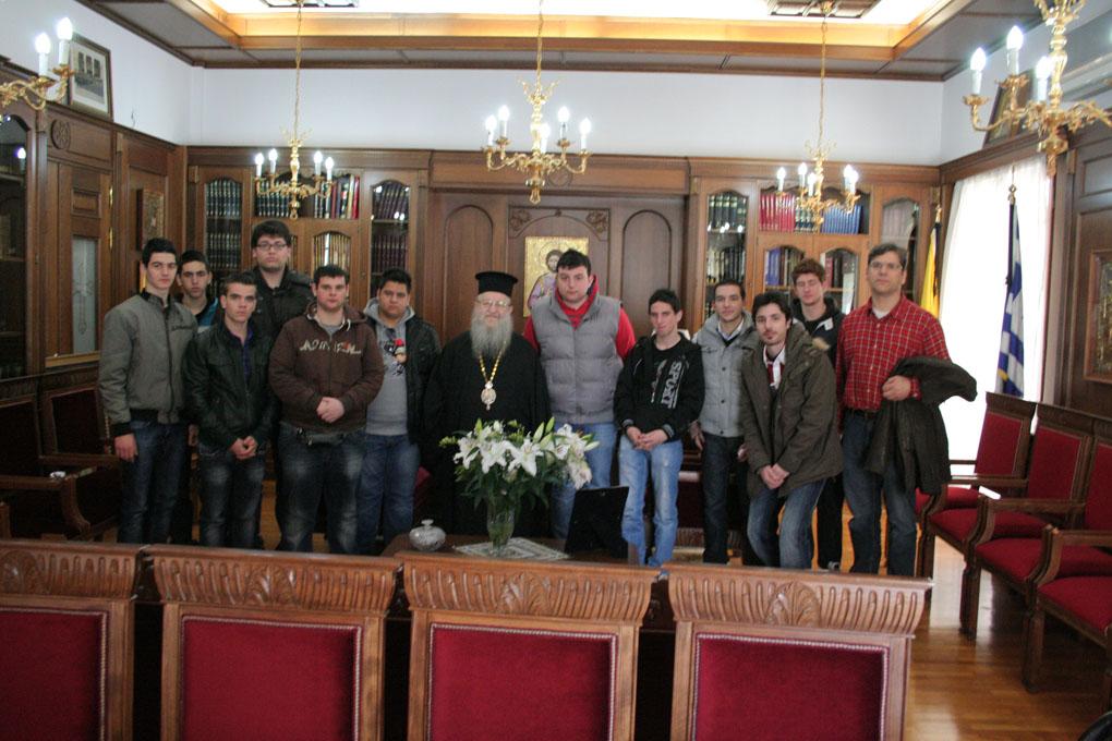 Βλέπετε εικόνες από το άρθρο: Πενθήμερη Εκδρομή στη Θεσσαλονίκη της Γ' τάξης του Εκκλησιαστικού Λυκείου Πατρών 2012