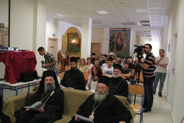 Βλέπετε εικόνες από το άρθρο: Εκδήλωση Αποφοίτησης Γ΄ Λυκείου
