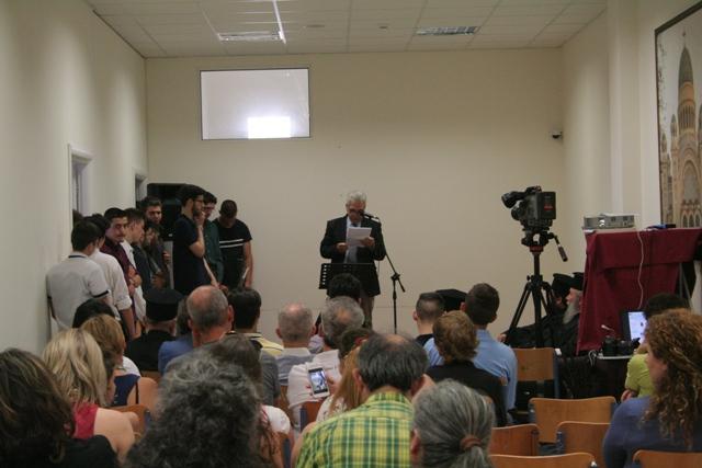 Βλέπετε εικόνες από το άρθρο: Εκδήλωση Αποφοίτησης των Μαθητών της Γ' Τάξης του Εκκλησιαστικού Λυκείου Πατρών