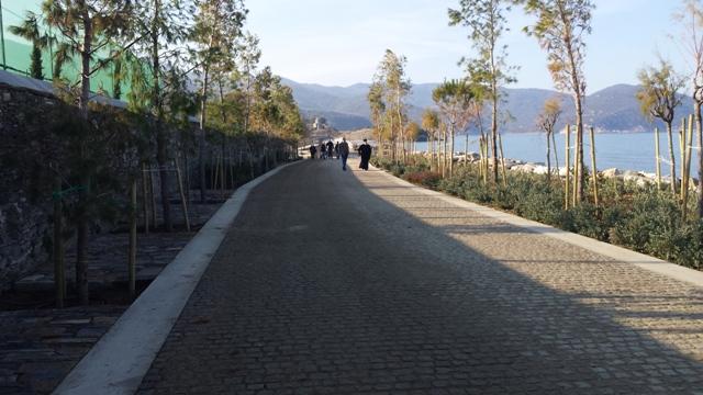 Βλέπετε εικόνες από το άρθρο: Πενθήμερη Εκδρομή στο Άγιο Όρος και Θεσσαλονίκη